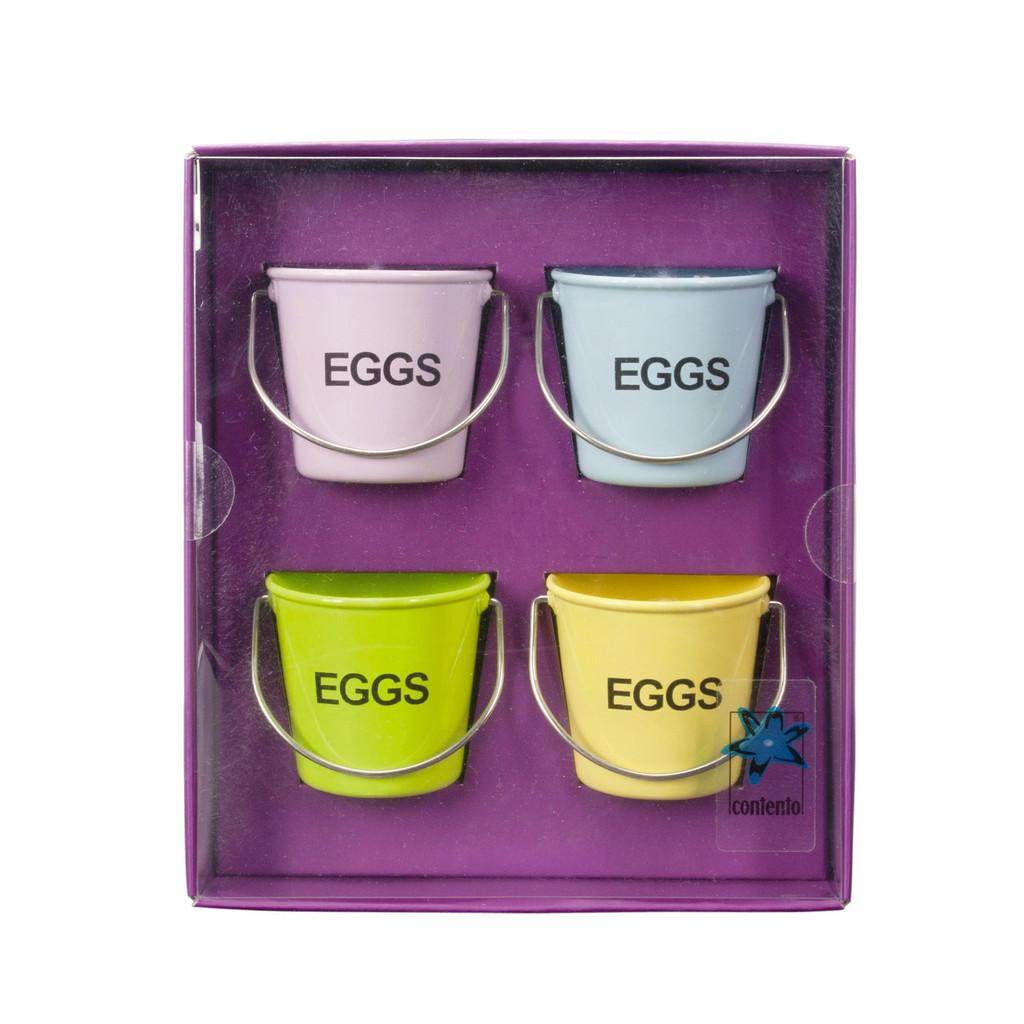 Blecheimerchen als Eierbecher