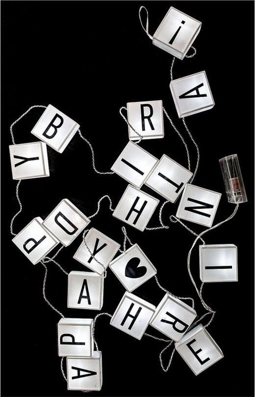 LED-Leuchtbuchstabenkette - Weiß, Basics, Kunststoff (30/20/7cm)