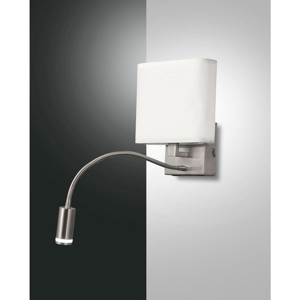 LED-Wandleuchte mit zusätzlichem Spot