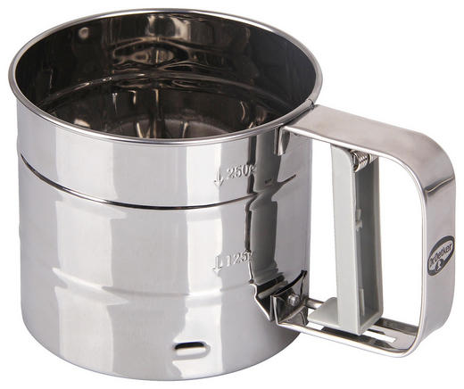 Mehlsieb mit Behälter - Edelstahlfarben/Weiß, Basics, Kunststoff/Metall (15,5/10,2/11,2cm) - Dr.Oetker