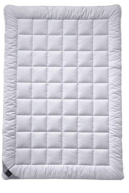 POLETNA PREŠITA ODEJA ALCANDO - bela, Konvencionalno, tekstil (135-140/200cm) - Billerbeck