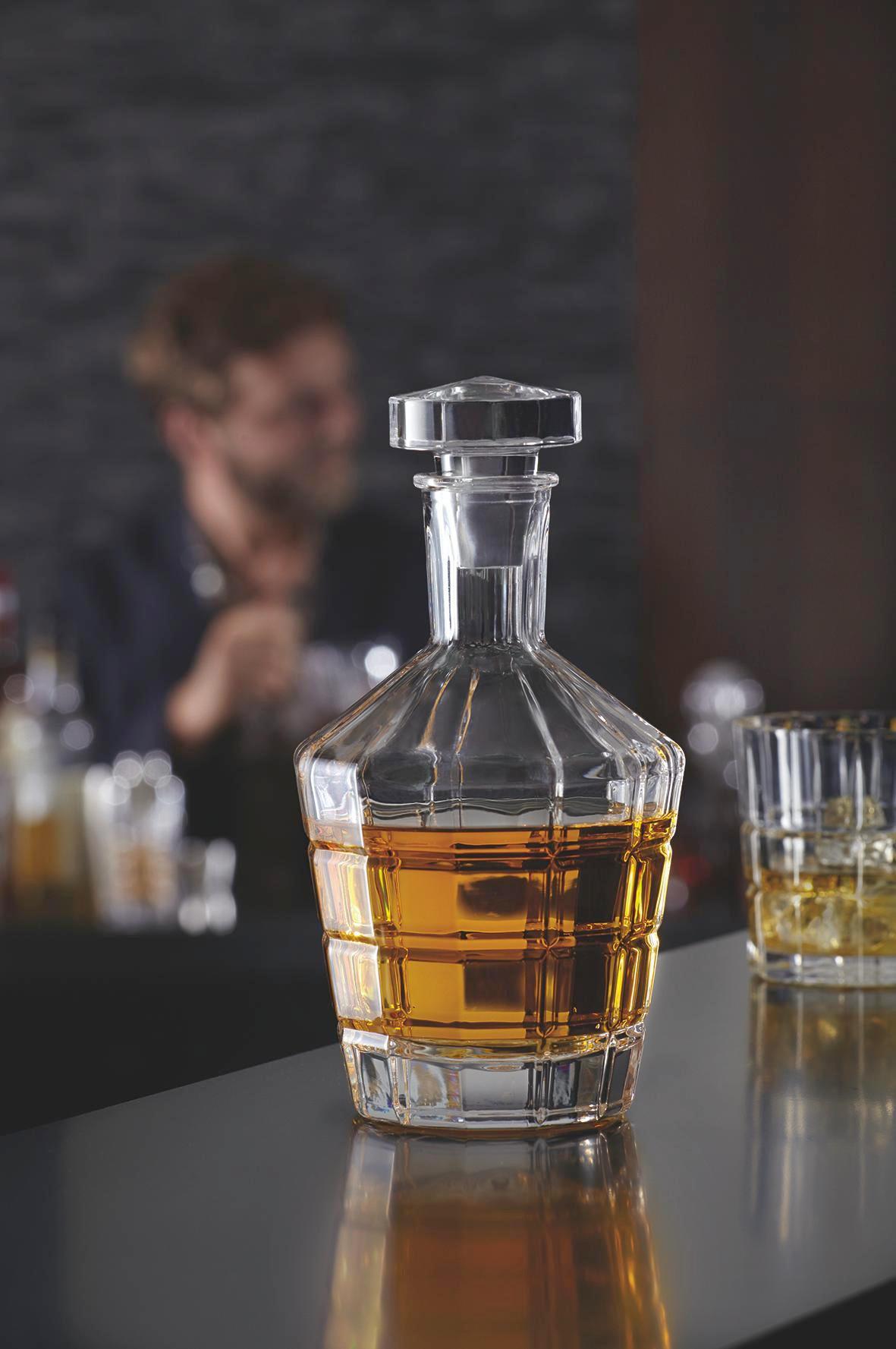 KARAFFE 0,7 l - Transparent, Basics, Glas (12,00/23,00cm) - LEONARDO