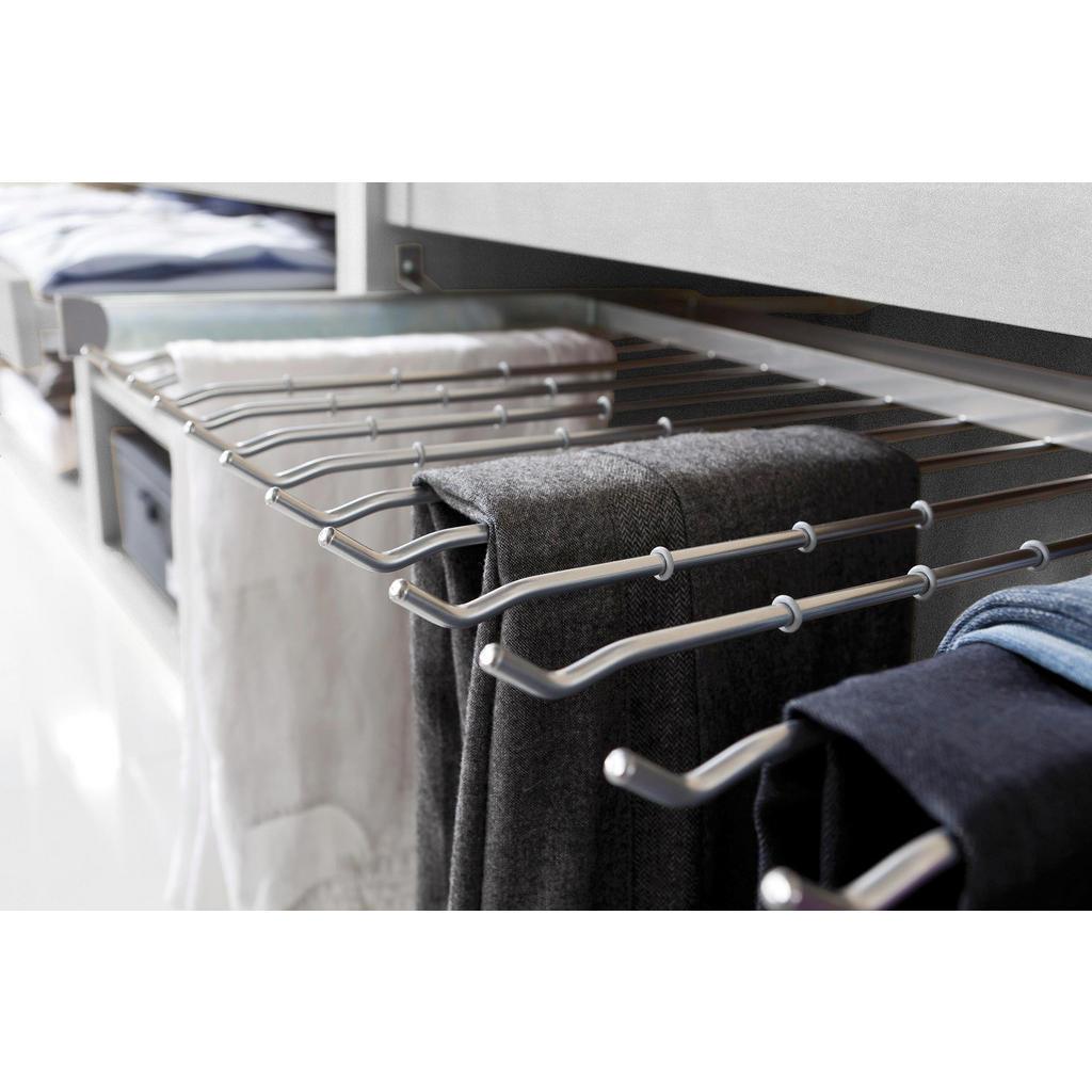 Hosenhalter für den Kleiderschrank